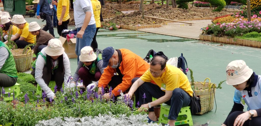 Commtech Asia volunteers for Green Recycling Day_Main
